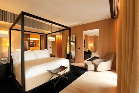 Bedroom Suit Or Suite the impressive bulgari hotel milan