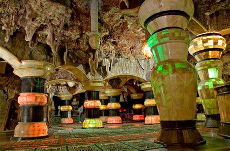 Lu Pilar Kecil P08 wisata tuban masjid aschabul kahfi masjid perut bumi tuban