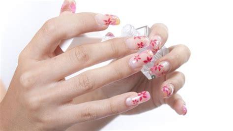 come fare le unghie in casa unghie gel come realizzarle in casa