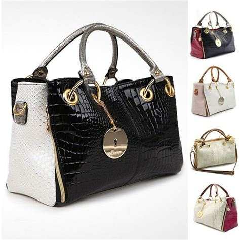 Name Arquettes Designer Purse by 1000 Ideas About Brand Name Purses On Chanel