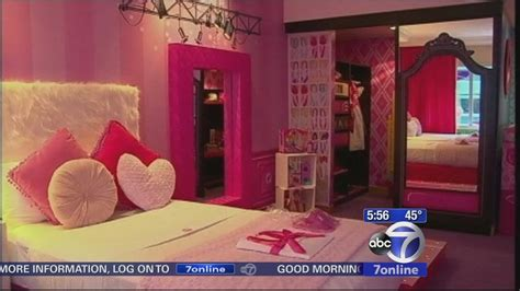 theme hotel notdoppler barbie gets her very own hotel suite abc7news com