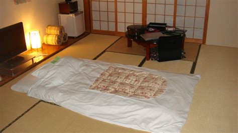 Japanese Futon File Futon And Desk In A Ryokan Jpg Wikimedia Commons