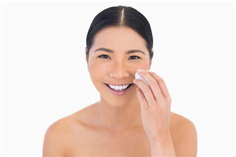 Review Toner Wajah Yang Bagus 5 rekomendasi acid toner untuk kulit wajah lebih cerah