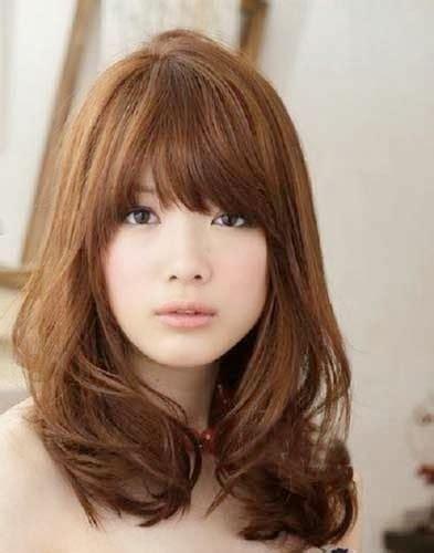 style rambut pendek perempuan model baju gaun kebaya dan rambut terbaru