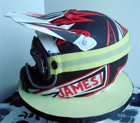 motocross helmet cake 8 best helmet cakes images on pinterest motorbike cake