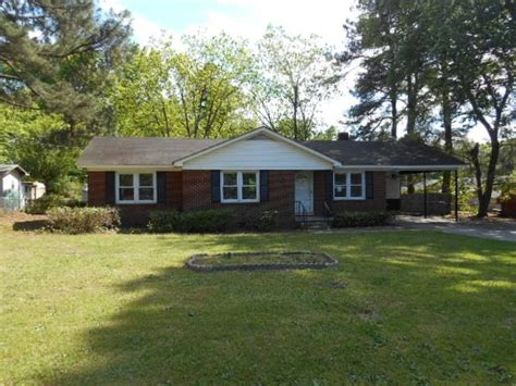 houses for sale in goldsboro nc 2025 azalea dr goldsboro nc 27530 foreclosed home information