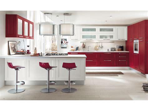 maniglie per cucine componibili cucina componibile in legno massello con maniglie