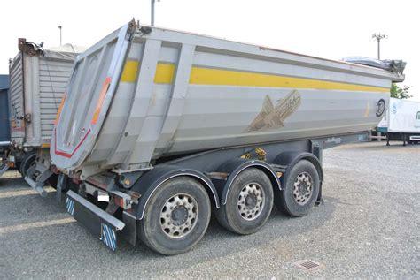 vasca ribaltabile semirimorchio ribaltabile vasca 26m cubi usata cargotrailers