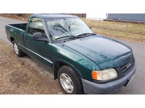 motor auto repair manual 1997 isuzu hombre space engine control service manual 1999 isuzu hombre space door handle repair guide service manual change door