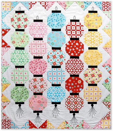 japanese pattern lanterns happy glow japanese lantern quilt favequilts com
