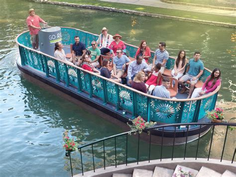 san antonio riverwalk boat ride go rio river walk cruises in san antonio tour texas
