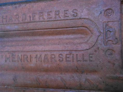 Tuiles Plates De Marseille by Tuiles Occasion En Provence Alpes C 244 Te D Azur Annonces