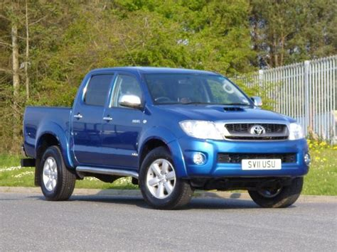 Used Toyota For Sale Uk Used Toyota Hilux 2011 Blue Colour Diesel 3 0 4 Door