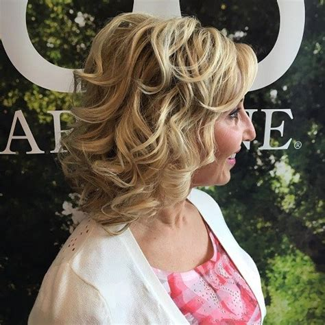 60 most prominent hairstyles for women over 40 60 most prominent hairstyles for women over 40