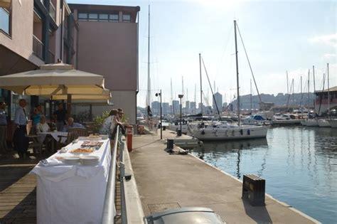 nh hotel genova porto antico porto antico e buffet foto di nh collection genova