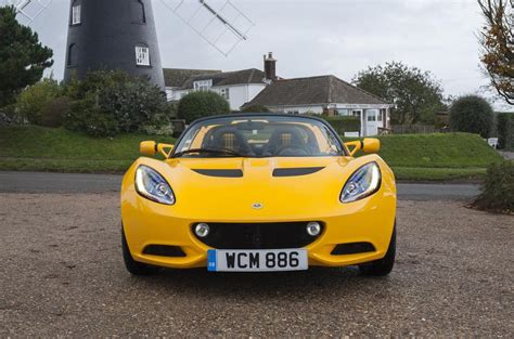 elisa lotus lotus brings back the quot sport quot name for the 2016 elise