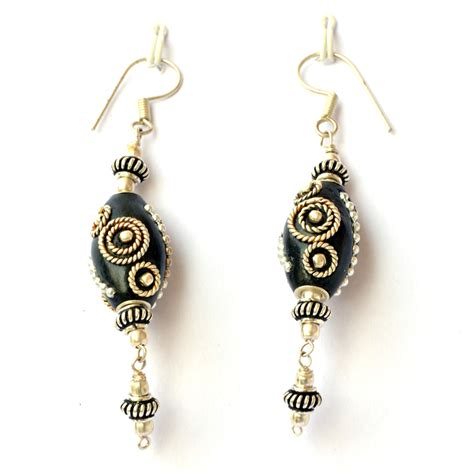 Handmade Earrings - handmade earrings black with metal rings