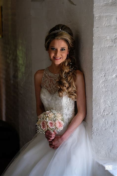 Bridal Hairstyles For Thick Hair by Bridal Hairstyles For Thick Heavy Hair Wedding