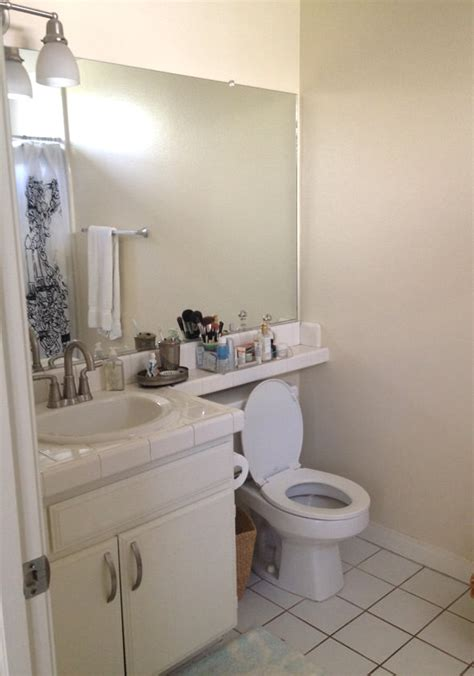 ugly bathroom makeover my ugly apartment bathroom makeover part one this yuppie
