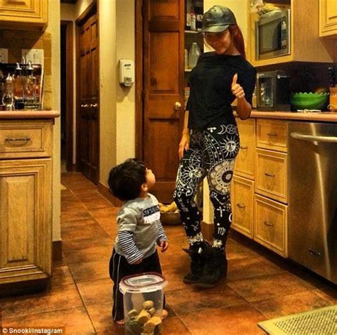 nicole polizzi house nicole snooki polizzi shares cute kitchen snap of lorenzo then takes the tot to