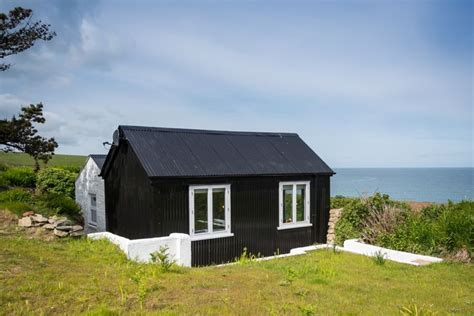 luxury coastal self catering cable hut pembrokeshire