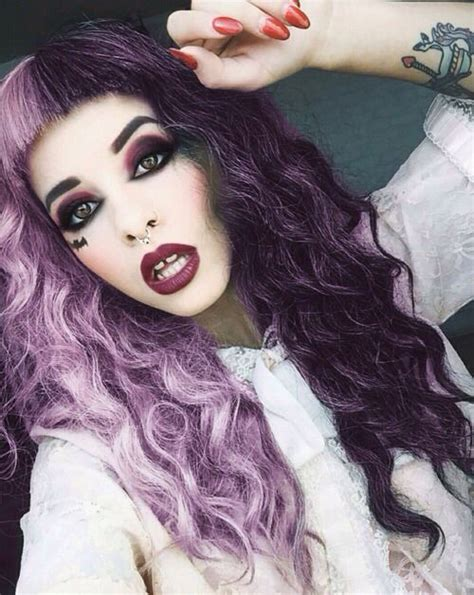 melanie martinez had short curly hair for her performance of cough 25 best ideas about melanie martinez makeup on pinterest