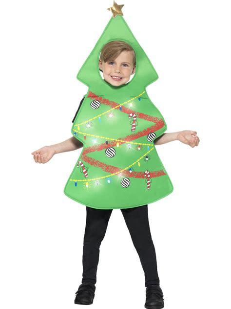 weihnachtsbaum kost 252 m f 252 r kinder mit lichterkette