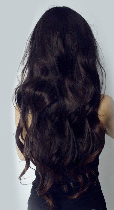 hair extensions that are already layered get a long wavy layered look with the 23 quot wavy clip in