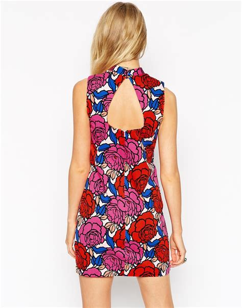 alice alice leon bianca spender jumpsuit dress lyst asos high neck shift dress in retro floral print