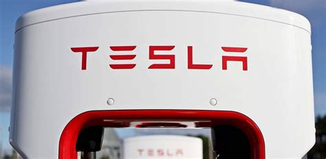 Tesla Charging Stations Australia Tesla Expands Supercharger Network In Australia Photos