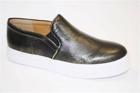cynthia rowley shoes s shoes cynthia rowley hurry slip on sneaker loafer