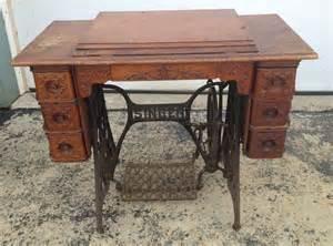 Treadle Sewing Machine Cabinet Singer Sewing Machine Model Vintage Antique 7 Drawer Wood