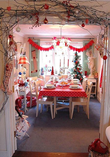 desain meja pesta 14 contoh desain dekorasi ruang makan bertema christmas