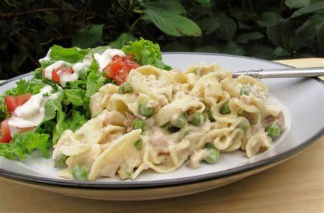 simple tuna noodle casserole recipe simple tuna noodle casserole recipe food
