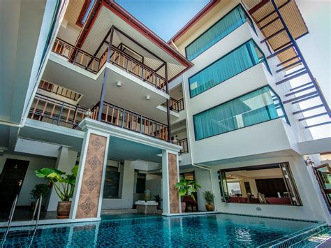 Bell Hotel golden bell hotel wua lai chiang mai thailand great