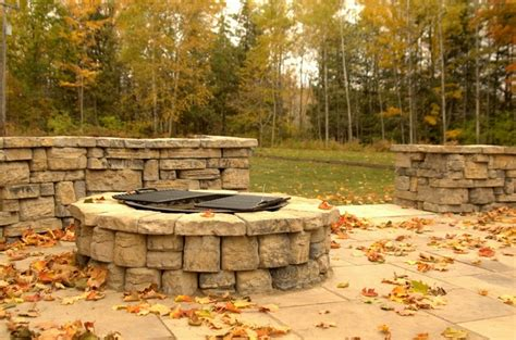 rosetta belvedere pit retaining wall and firepit rosetta beledere collection