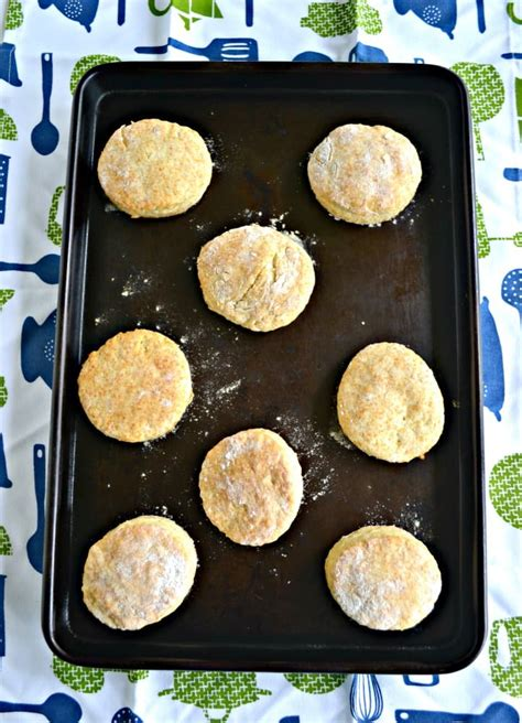 biscuits and slashed browns a country store mystery books buttermilk biscuit mix hezzi d s books and cooks