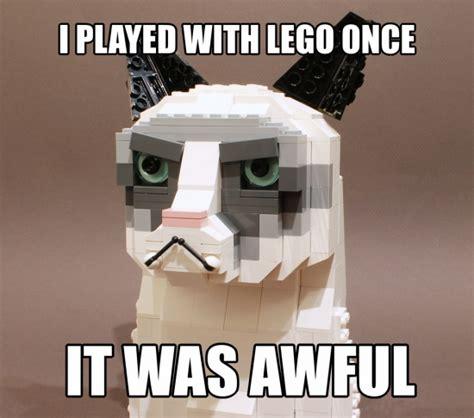 Lego Meme - lego grumpy cat
