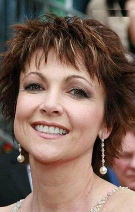 messy bob hairstyles on older women this awesome messy bob cut by emma samms is really