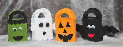 how to make halloween candy bags make it pretty wednesdays halloween treat bags sippy