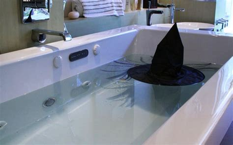 crazy bathroom ideas crazy ideas for halloween themed bathroom d 233 cor homecrux