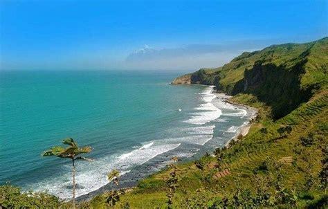 pantai terbaik  pulau jawa