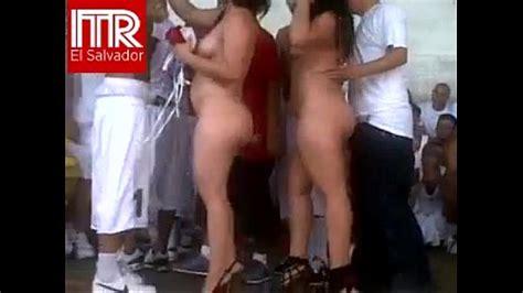 Mujeres Desnudas En Fiesta Porno En Carcel De El Salvador Xvideos Com