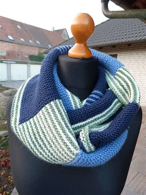 knitted scarves and cowls 30 stylish designs to knit books free pattern eisig warm by dreamersplace knit cowls