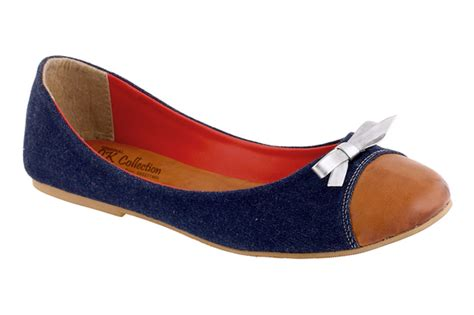 Sepatu Casual Canvas Wanita Hitam toko sepatu cibaduyut grosir sepatu murah toko
