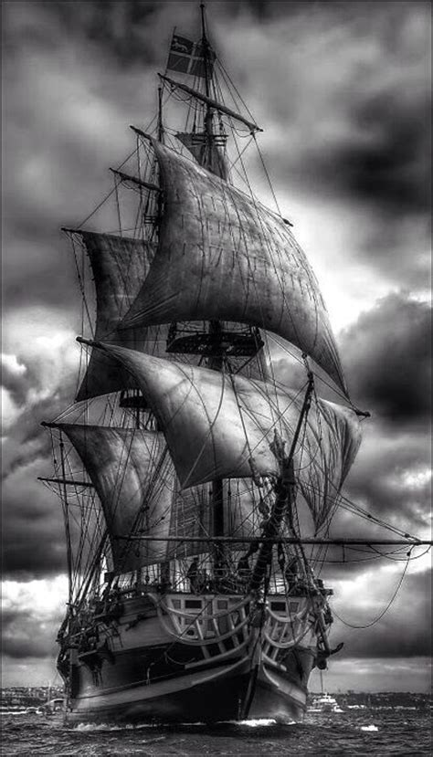 pics for gt pirate ship black and white