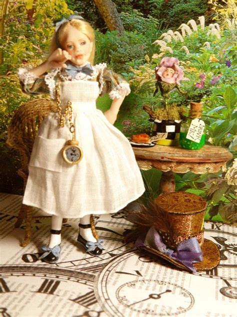 alice doll house 790 best miniatures dolls images on pinterest