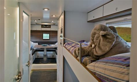 mobile home   ultimate luxury zombie