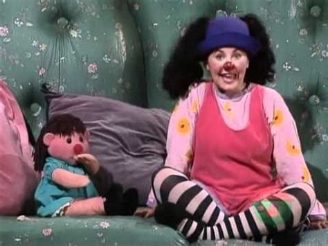 Big Comfy Couch Full Of Life Youtube