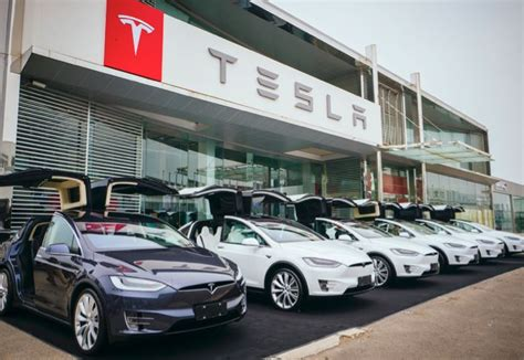 tesla deal tesla signs deal for gigafactory in china